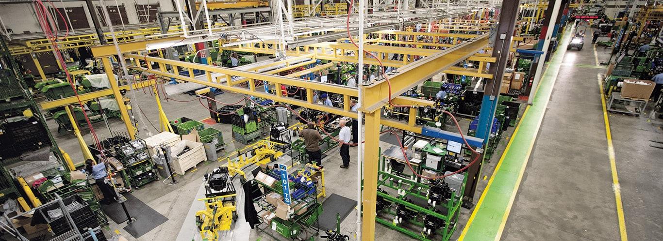 Fabriek Augusta, compacte bedrijfstractoren, interieurs