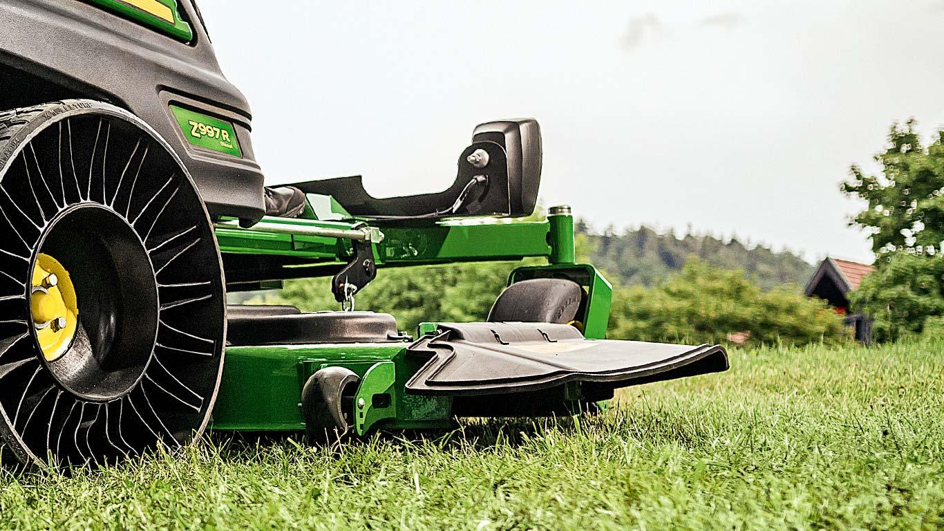 Z997R, Z900R Series, Zero-Turn Mowers, Side Discharge Deck