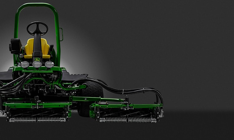 John Deere 8900A Precision Cut Fairwaymaaiers